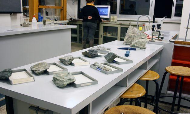 Laboratorio di Biologia & Mineralogia